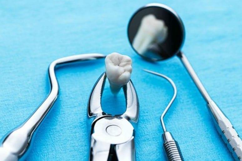 Чем занимается хирургическая стоматология
