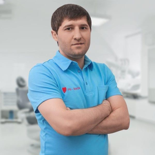 Магомедов Магомед Куравович - стоматолог ортопед