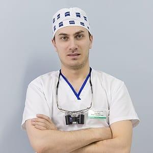 Угурчиев Юсуп Сайдахметович - стоматолог хирург, имплантолог